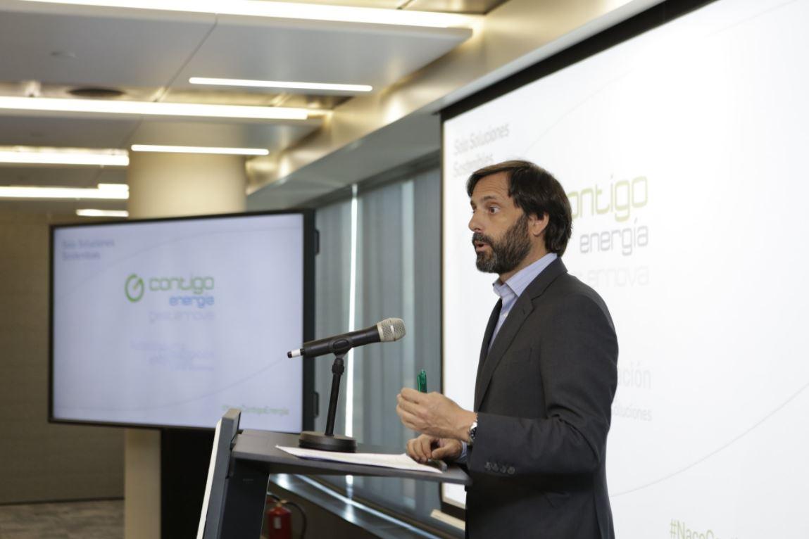 Jorge González en la presentación de Contigo Energía