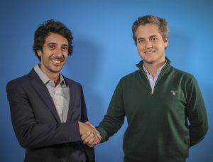 Foto del acuerdo alcanzado entre Contigo Energía y Selectra